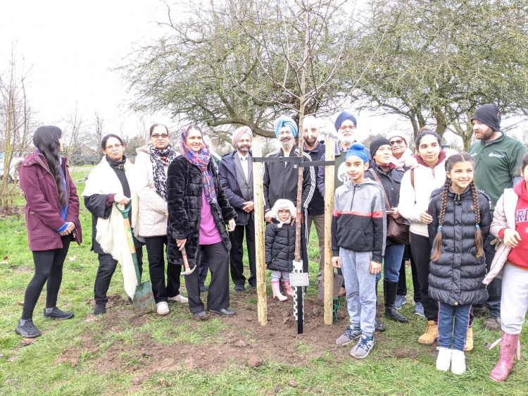 Tree planting Lampton Park, Hounslow